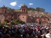Optocht plaza des armes Cusco