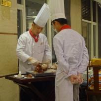 Onze Peking eend wordt zorgvuldig bereid